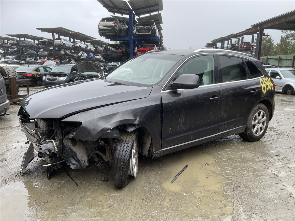 Audi Q5, 2008-2012 (Type I, Fase 1)   delebil , Motorkode: CAGA