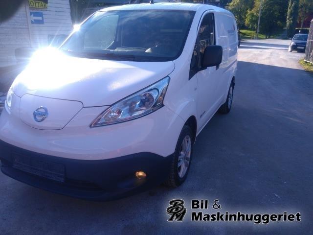 Nissan E-NV200 2014->> delebil , Motorkode: EM57